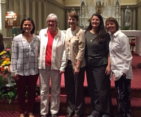 Sisters Melissa Fisackerly, Eva Kowalski, Nancy Gerth, Isa Garcia, and Paris Slapikas