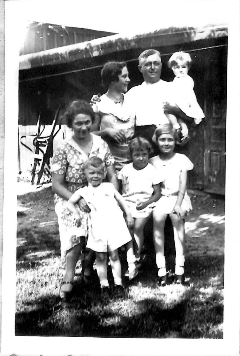 Left to Right Back Row: Verene Dichtel, Rozanne Dichtel, George Walbach Dichtel, Mary Carolyn Dichtel Front Row: Wallie Dichtel, Laurine Dichtel, Margaret Dichtel