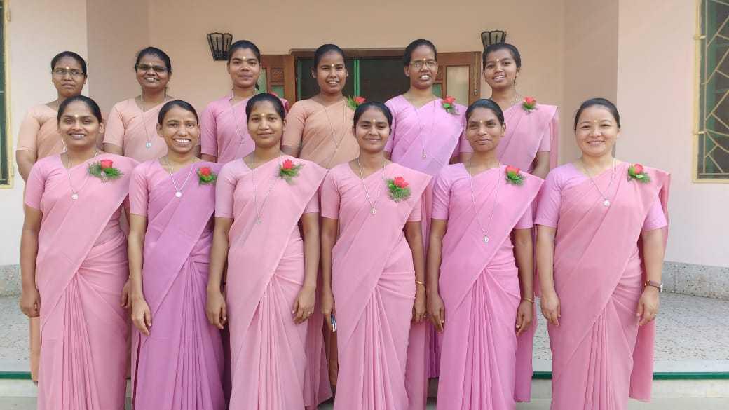 Twelve Sisters renew vows in Mokama