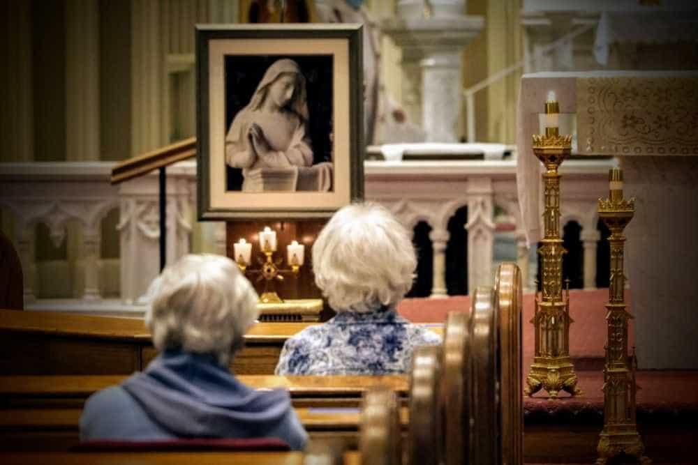 Sisters begin novena for India