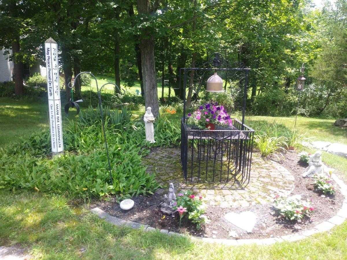 Gardening around the Congregation